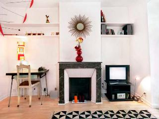 Heart of Montmartre One Bedroom - ID# 187 - Paris vacation rentals