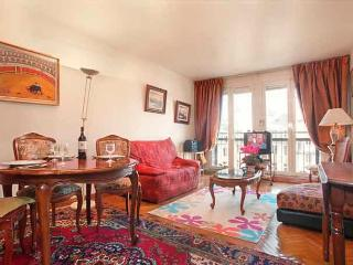 Pompidou Three Bedroom - ID# 199 - Paris vacation rentals