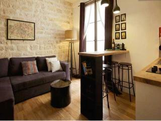 rue de l'Exposition One Bedroom - ID# 25 - Paris vacation rentals