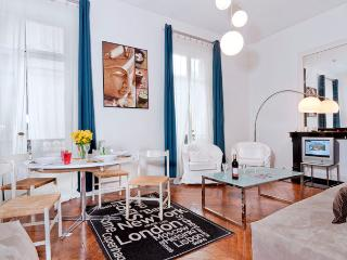 On the Boulevard St. Germain! Two Bedroom - ID# 250 - Paris vacation rentals