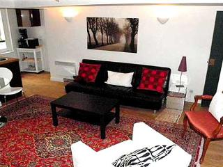 Marais Beaubourg Two Bedroom - ID# 257 - Paris vacation rentals