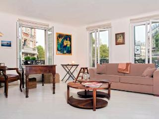 Place Maubert Market View Two Bedroom - ID# 312 - Paris vacation rentals