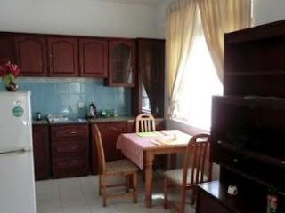 2 Bedroom Apartment in Park Road Colombo 5 for short-term rent - Colombo vacation rentals