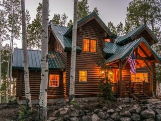 Lake Creek Cabin with 5 Bedrooms + Loft, Private Hot Tub and Amazing Mountain Views - Heber vacation rentals