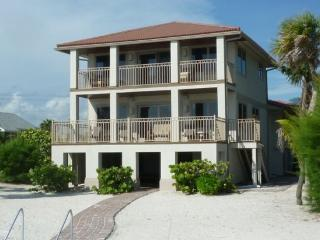 Beachfront Palace Totally Magnificent Gulf Front Executive Home -  Beachfront Palace - Fort Myers Beach vacation rentals