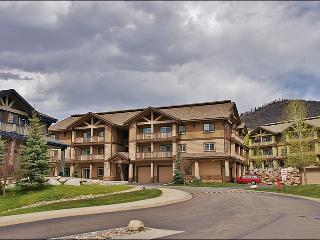 Available for Long Term Rental in Ski Season - Newer Unit - Nice Bedding & Appliances (9271) - Steamboat Springs vacation rentals