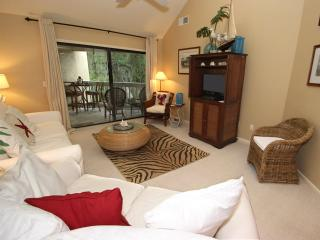 Colonnade Club, 204 - Hilton Head vacation rentals
