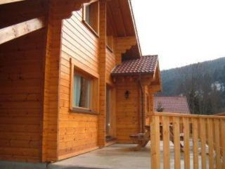 Close to La Bresse, 95 m² chalet with garden and patio - Alsace-Lorraine vacation rentals