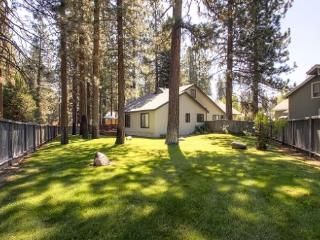 #43 ALDER Bring your best friend! $200.00-$235.00 BASED ON FOUR PEOPLE OCCUPANCY AND NUMBER OF NIGHTS (+ county tax, SDI and Pro - Plumas County vacation rentals