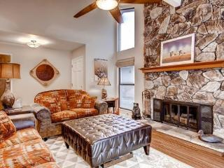 #17 ASPEN Luxurious Town Home Living! $230.00-$265.00 BASED ON FOUR PEOPLE OCCUPANCY AND NUMBER OF NIGHTS (plus county tax, SDI, - Plumas County vacation rentals