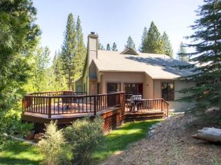 #110 TAMARACK Gorgeous Deck, on the golf course $220.00-$235.00 BASED ON FOUR PEOPLE OCCUPANCY AND NUMBER OF NIGHTS (plus county - Plumas County vacation rentals