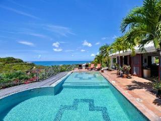 Azur Reve - Spacious, luxurious villa with view over the pool, sea & island of Anguilla - Terres Basses vacation rentals