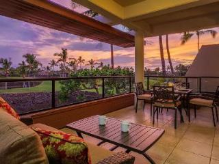 Spectacular penthouse condo Mauni Lani Point with stunning views & access to resort amenities - Kohala Coast vacation rentals