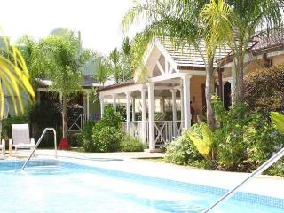 Porters Court 4 at Porters, Barbados - Walk To Beach, Gated Community, Communal Pool - Terres Basses vacation rentals