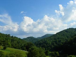 A Valley View Location: Boone / Valle Crucis - Boone vacation rentals