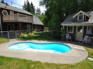 NEW!  The Cabana House with a Private Pool! **Fall Specials** - Ronald vacation rentals