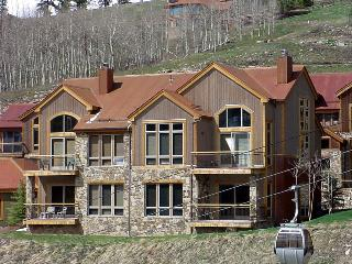 The slopes are your backyard - Ski in/out - The Black Diamond at The Terraces - Mountain Village vacation rentals