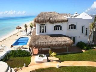 MAYA - CANT4 Extraordinary ocean front villa with colonial modern decor and an amazing turquoise sea. - Paamul vacation rentals