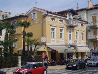 Apartment Gogi in Opatija city center - Novalja vacation rentals