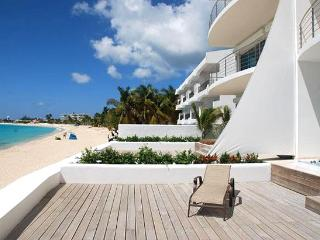 St. Martin Villa 182 Virtually Surrounded By Water Views And Balmy Caribbean Breezes. - Terres Basses vacation rentals
