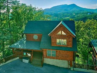 Pigeon Forge resort cabin Absolutely Wonderful 304 - Sevierville vacation rentals