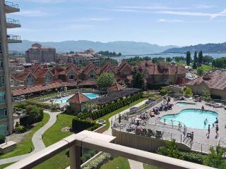Gorgeous pool and lakeview suite on the 7th floor of Sunset Resort (ask about boat moorage) - Kelowna vacation rentals