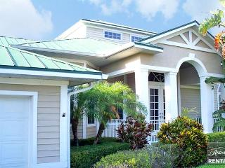 Splendid canal front pool home in beautiful sunny Marco Island - Marco Island vacation rentals