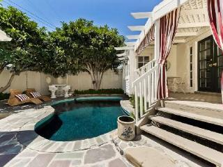 Impressive Casa Rafael Villa offers a gourmet kitchen and heated pool - Hollywood vacation rentals