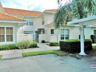Spacious first floor coach home with beautiful lake views - Florida South Gulf Coast vacation rentals