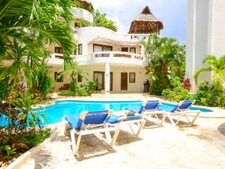 Blue Palms, lovely 3 bedroom, 3 bathroom suite! - Yucatan-Mayan Riviera vacation rentals