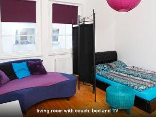 3 bedroom apartment near city and fair in Nürnberg - Nuremberg vacation rentals