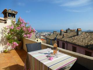Gorgeous Village Townhouse With Sea View Terraces - Cagnes-sur-Mer vacation rentals