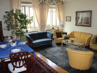 Apt Leonardo near the center.Milano - Santa Margherita Ligure vacation rentals