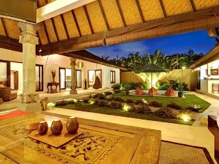 Pevali,luxury3 bed villa central location,Seminyak - Seminyak vacation rentals