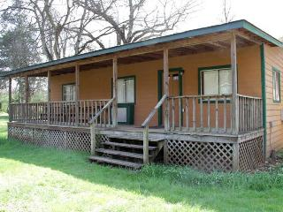 Bunkhouse ~ Rustic, Affordable, Family Friendly - Dandridge vacation rentals