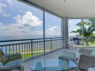 Captiva Island FL Luxury 3 Bedroom Villa sleeps 8 - Kissimmee vacation rentals