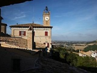 Appartamento Berardo B - Marche vacation rentals