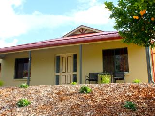 Riverview Cottage-Gawler Barossa Region - Gawler vacation rentals
