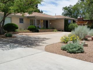 Modern home in Nob Hill area - Albuquerque vacation rentals