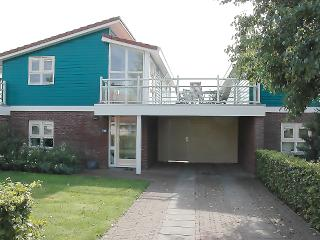 Water holiday house at canal, living first floor - Workum vacation rentals