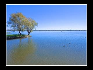 VILLA CRYSTAL Luxury Holiday Accommodation on Lake Mulwala - Yarrawonga vacation rentals