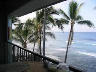 Oceanfront Kona Condos...At Water's Edge! - Princeville vacation rentals