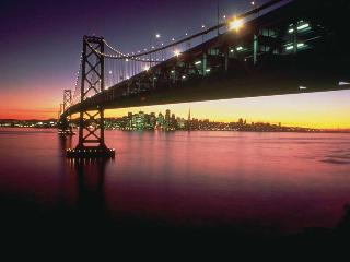 Home away from home, 92 walkscore, easy SF commute - Oakland vacation rentals