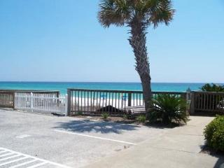 Capri by the Gulf 117, Recently remodeled!  Steps to the beach! - Destin vacation rentals