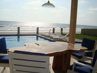 New Luxury Beachfront Villa with Swimming Pool & Outdoor Jacuzzi on Beach in Ecuador - Santa Elena Province vacation rentals