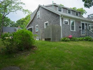 Perfect for Beach and Restaurants in Woods Hole - Woods Hole vacation rentals