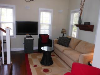Elegant Carolina Moon Cottage - Port Royal vacation rentals