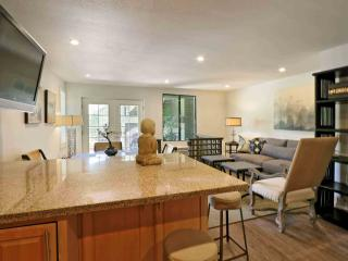 Luxury Hideaway Steps Away from the Beach - Kihei vacation rentals