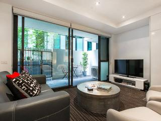 Parkside Glam NEW 2 BR FREE WIFI - Melbourne vacation rentals