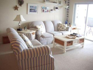 Ships Ahoy. Nautical Themed Condo On Lakes Only Island - Lake of the Ozarks vacation rentals